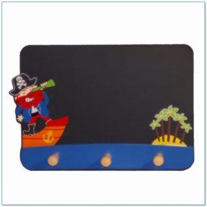 Schoolbordje en kinderkapstok piraten