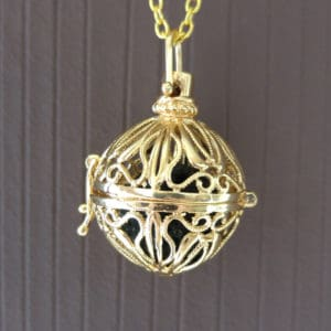 Diffuser aroma medaillon snake goud parfum medaillon lavasteen