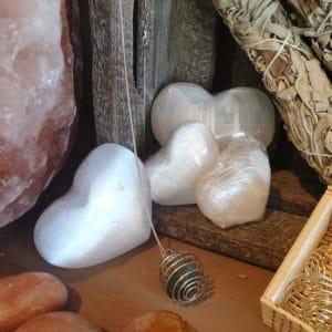 Edelsteen hart Seleniet kristal engelensteen