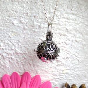 Ketting parfum medaillon vlinder diffuser lavasteen hanger pomander
