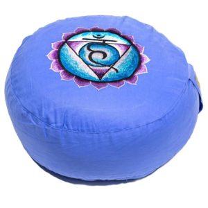 Meditatiekussen blauw 5e chakra Vidhudda geborduurd